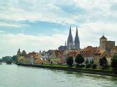 蓝色多瑙河畔――雷根斯堡
