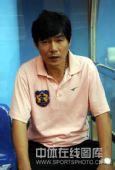 图文:[中超]广州1-0深圳 深圳主教练张增群