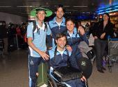 图文:阿根廷残奥会代表团凯旋 机场合影留念