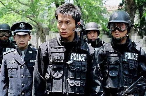 李晨在《绝密押运》中仍是一个个性十足傲气的兵