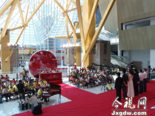2008中国红歌会闽粤赣(深圳)唱区比赛现场
