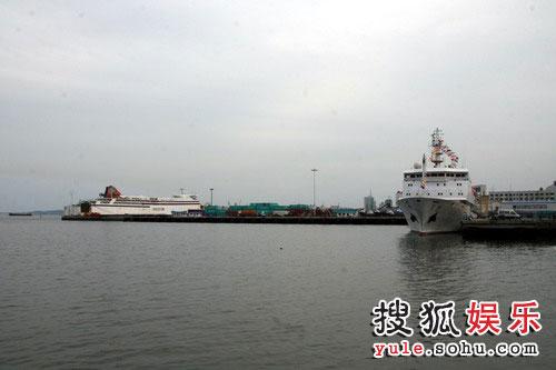 威海码头的游轮