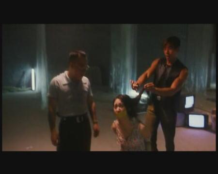 遮天》乌鸦绑架陈浩南的女朋友小结巴.-独家 防绑手册 港片十类案图片