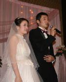 图文:刘炜王卫婷上海完婚 刘炜夫妇感谢大家