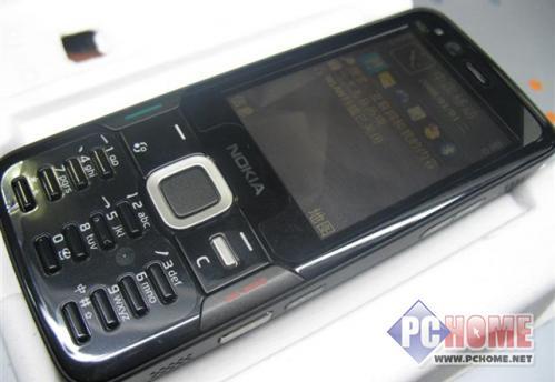 点击查看本文图片 诺基亚 N82 - 黑色更绚酷 NOKIA N82导航版超值登场