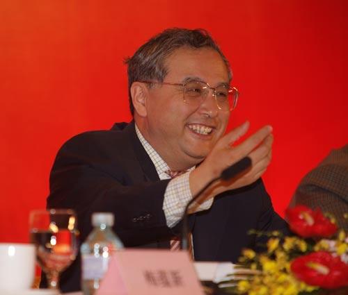 首旅集团党委书记、董事长段强在大会上发表热情洋溢的致辞