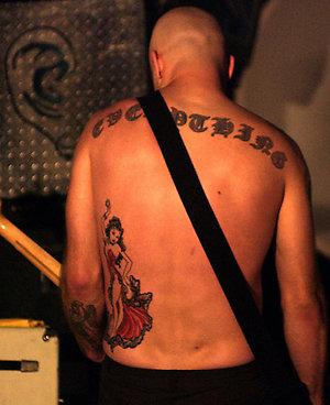 欧美当红乐队成员的个性纹身(上)