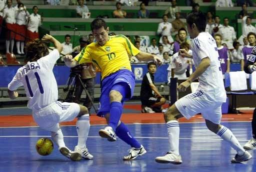 组图:室内五人制足球世界杯 巴西首战12-1日本