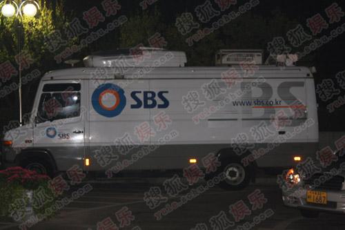 SBS电视台ENS现场转播车已到位