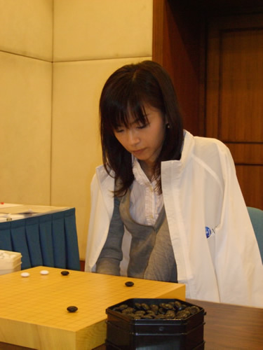 图文:围棋女子个人赛 围棋美女梅泽由香里五段