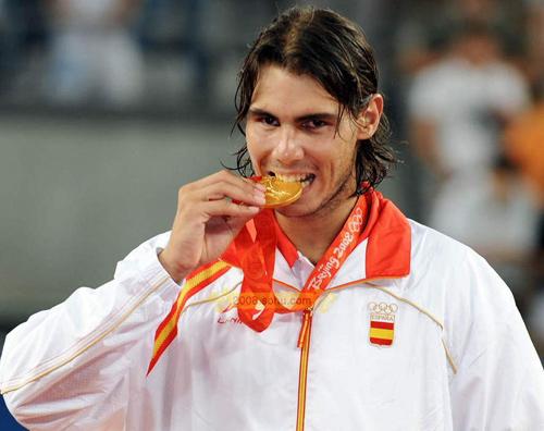 纳达尔登顶奥运男单冠军