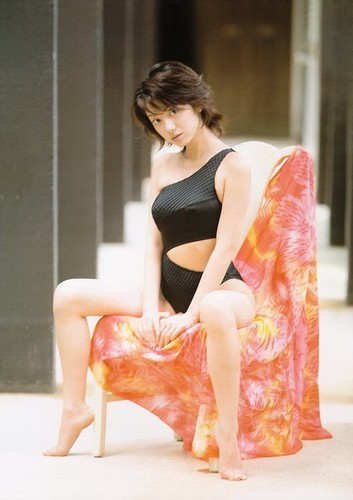 国分佐智子清凉性感写真