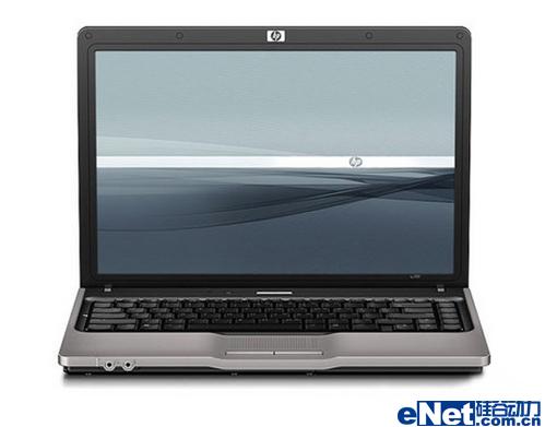 惠普520正视图   外观上,惠普520笔记本外观轻薄,设计稳重...