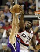 图文:[NBA]国王VS开拓者 奥登封盖对手没商量