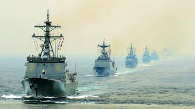 巡航中的韩国海军