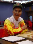 组图:国外老将中国元素 红军帽加08奥运领奖服
