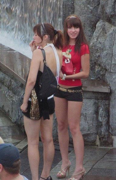 抓拍俄罗斯街头的性感美女 搜狐女人