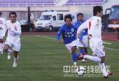 图文:[中超]长春6-0广州 边路飞奔
