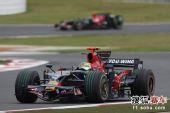 图文:F1日本大奖赛正赛 波尔戴斯在比赛中