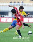图文:[中超]陕西3-0辽宁 翩翩起舞