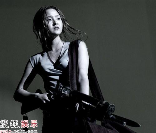 戴文青木首次在科幻片中扮演女英雄(图)