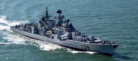 """被誉为""""航母杀手"""" 的中国""""现代""""级导弹驱逐舰。"""