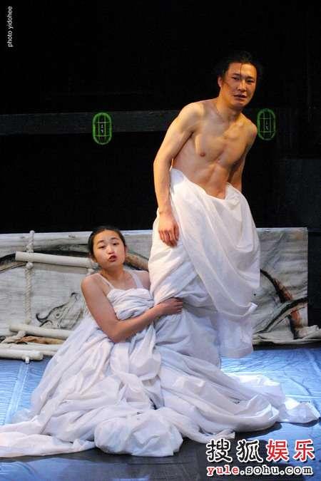 图:木花剧团《罗密欧与朱丽叶》剧照31