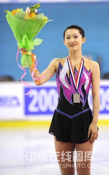 图文:全国花滑赛女子单人滑 刘艳最终获得亚军