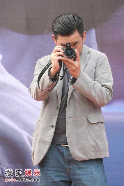 杜汶泽化身摄影师