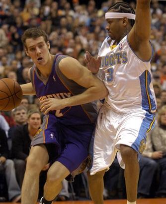 图文:[NBA]太阳VS掘金 艾佛森的牛皮糖防守
