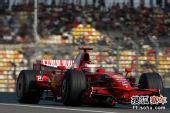 图文:F1中国站排位赛 莱科宁在赛道中