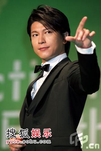 东京电影节绿毯星光闪耀 日本男星及川光博