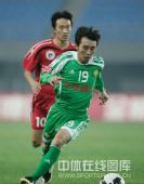 图文:[中超]辽宁1-2北京 杨昊突破