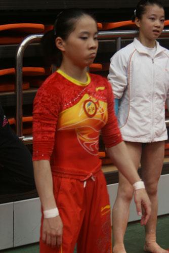 狂操日本女子_图文:体操全国赛女子自由操 小将表情搞笑