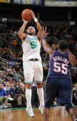 图文:[NBA]篮网VS凯尔特人 豪斯后仰三分