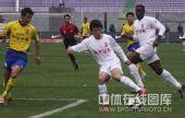 图文:[中超]长春1-0陕西 刘卫东控球组织进攻