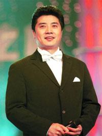 央视名嘴张政获得过博士学位,曾是央视学历最高的主持人(资料图)