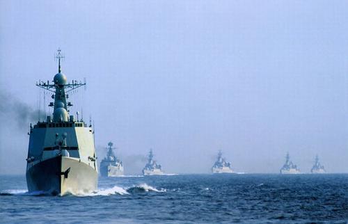 资料图:中国海军南海舰队新型防空驱逐舰编队
