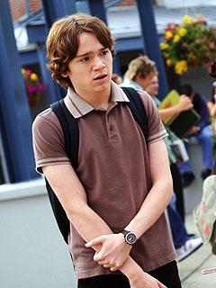 丹・伯德在《我家来个外国人》中的角色Justin