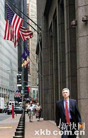 华尔街失业人数或超20万