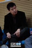 图文:张怡宁完胜助北京3-1北大 李隼现场观战