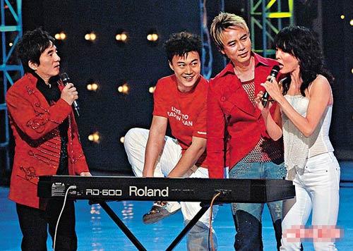 郑裕玲与吕方06年曾一起担任《翡翠歌星贺台庆》司仪,今年相信难以看到二人合作