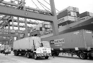 改革开放30年来,我国对外贸易的国际竞争力明显增强 资料图
