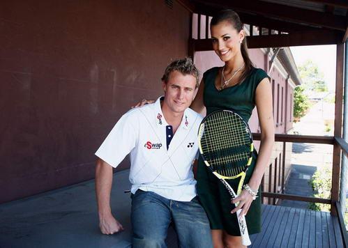 环球小姐变身网球公主