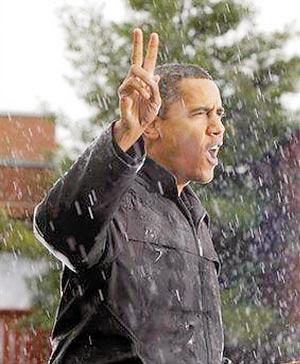 奥巴马冒雨演讲八千人睹风采