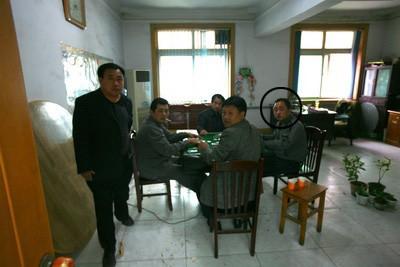 正在上班时间搓麻的河北赵县政府人员
