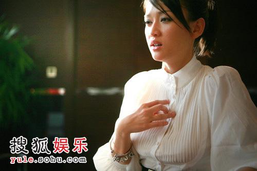 陈乔恩金钟奖视频_独家专访陈乔恩:入围就是肯定 曾许诺金钟道歉-搜狐娱乐