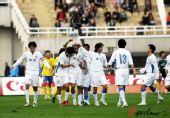 图文:[中超]陕西1-4上海 毛剑卿庆祝进球
