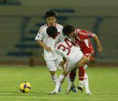 图文:[亚青赛]国青6-0塔吉克 互不相让
