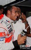 图文:F1巴西大奖赛正赛 小汉和老爸